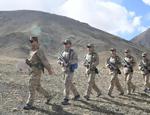 英国:解放军边防部队增添新军服,散发出大蒜的味道