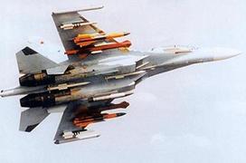 对台一线歼-16战机 挂载PL-15战备值班!